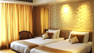 affordable superior rooms to stay in karol bagh delhi